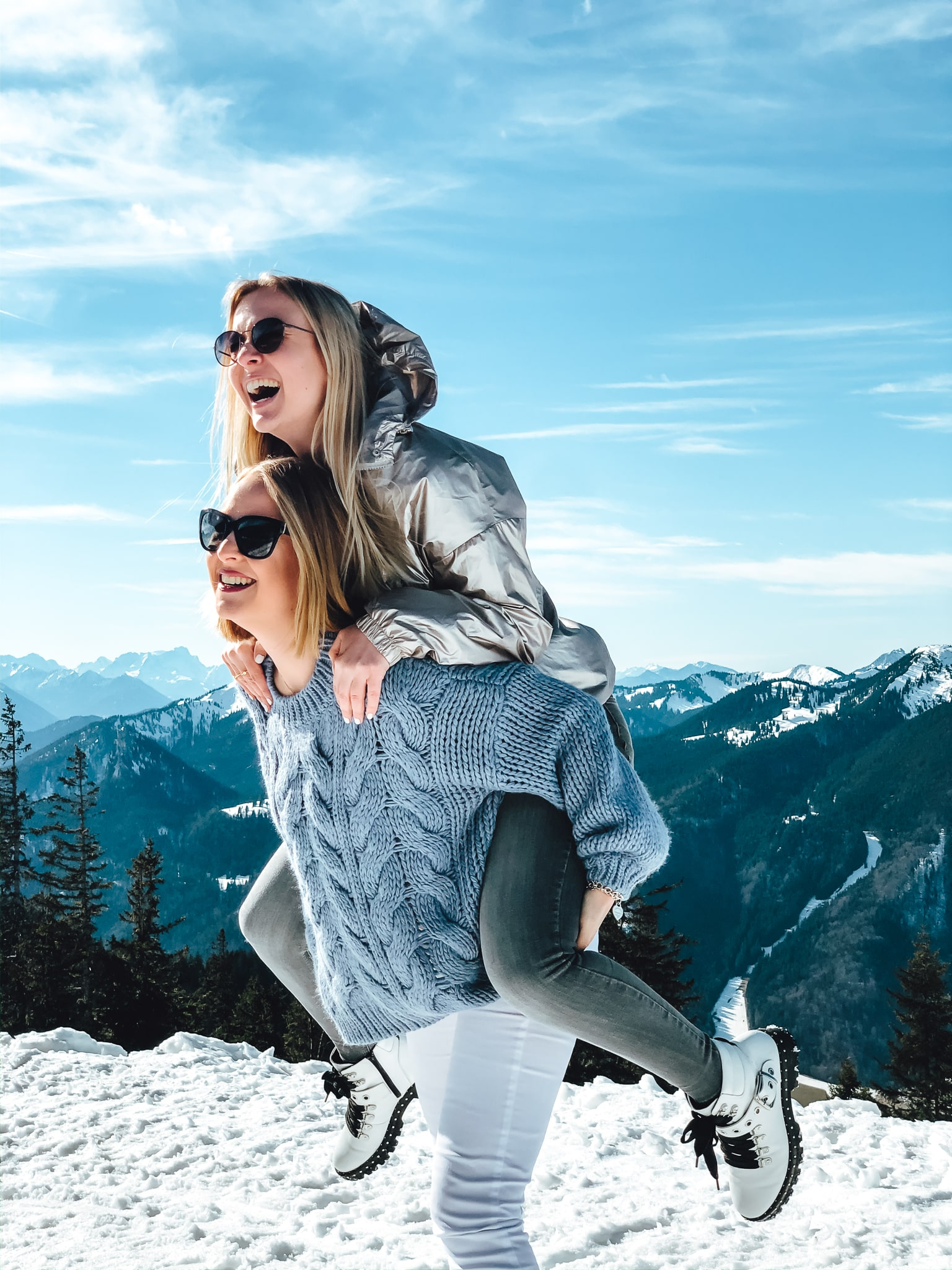 Bayern, Wallberg, Tegernsee, Travel, Reisen, Deutschland, Schnee, Berge, Wandern, Reiseguide, Travelblog, Alpen, Deutschland, Schlittenfahren, Gonde