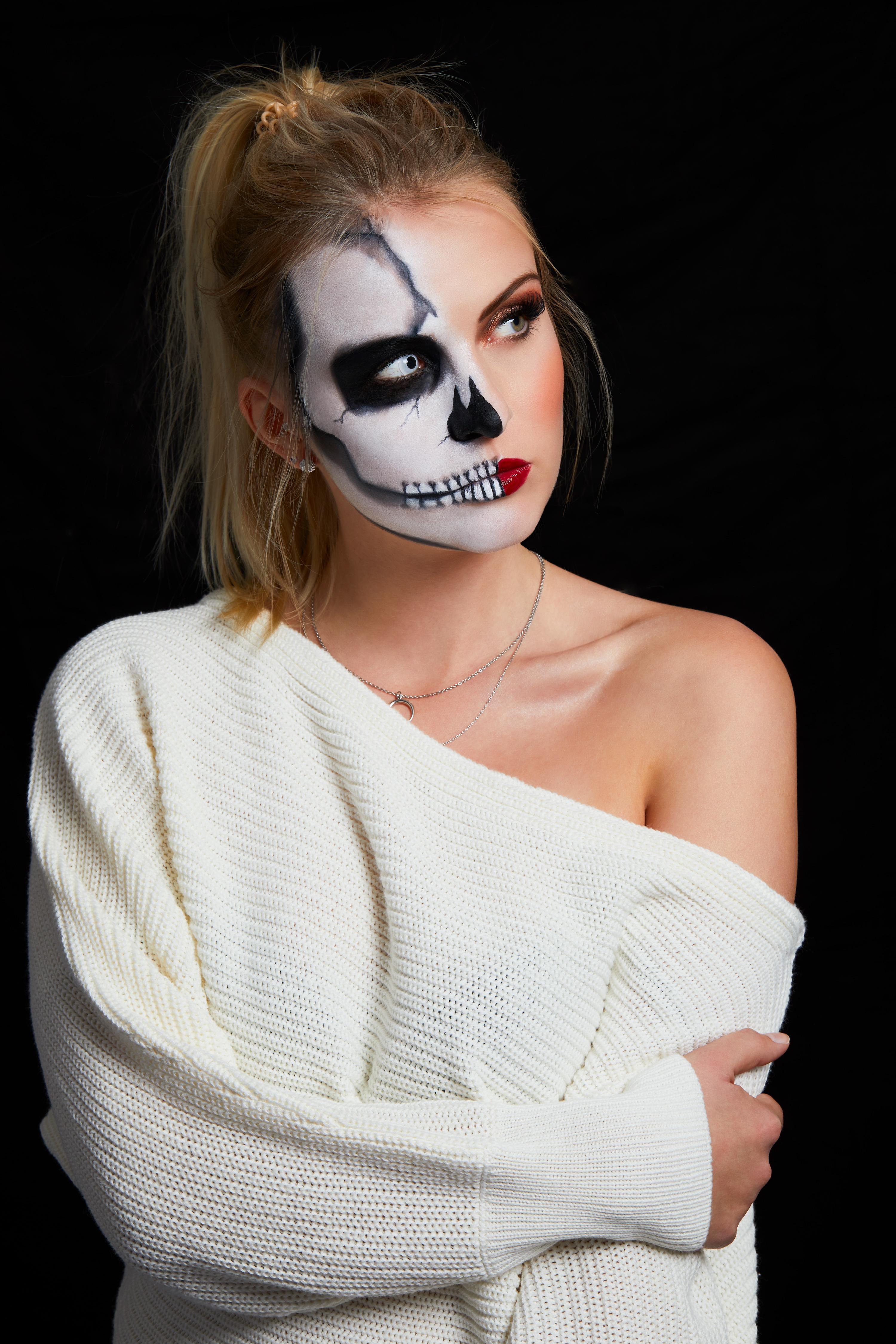 halloween schminke selber machen. Black Bedroom Furniture Sets. Home Design Ideas