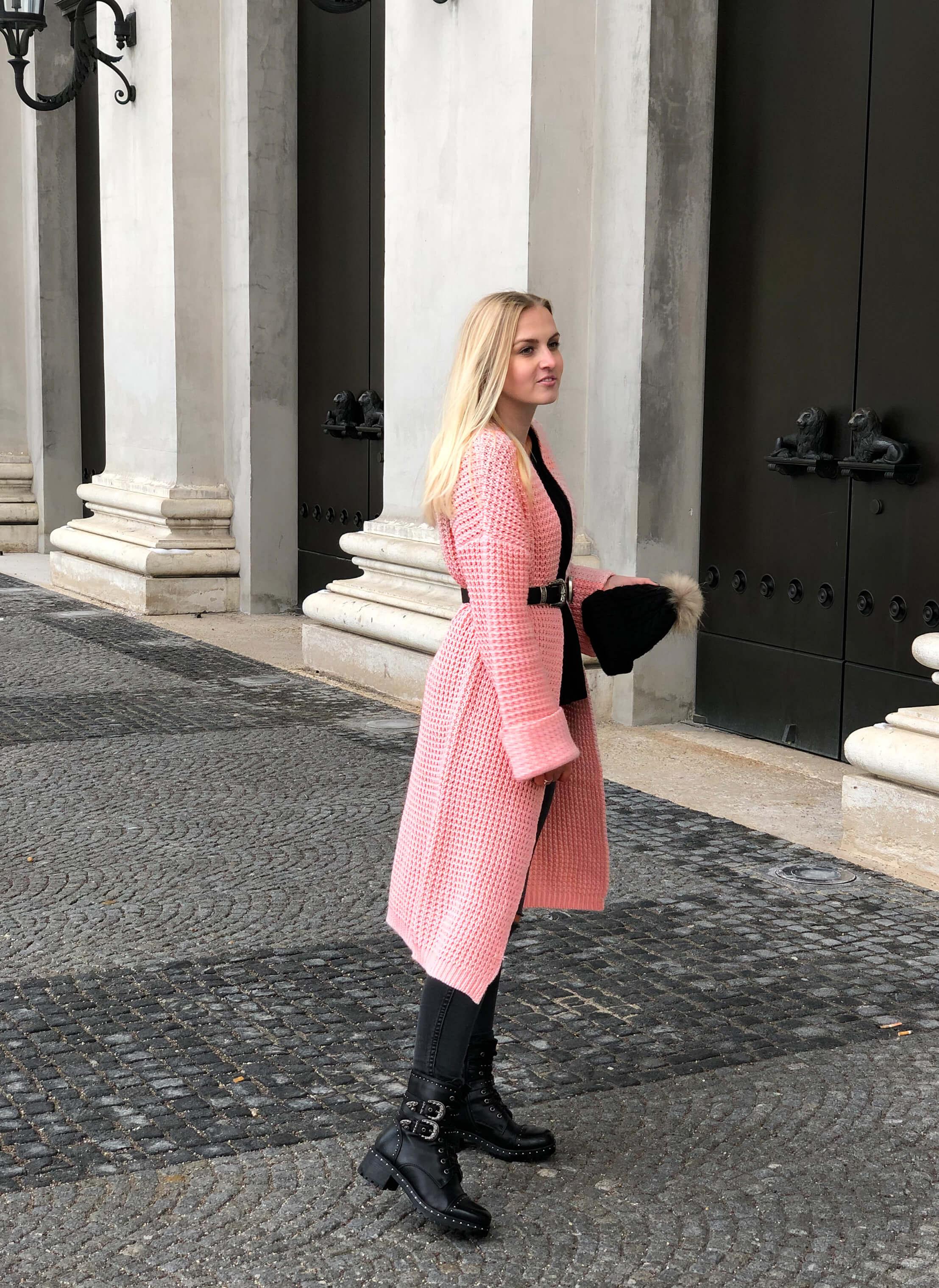 Living Coral, Trendfarbe 2019, Pantone, Trendfarbe, Koralle, Fashionblog, Modeblog, München, Katefully, Cardigan, Pantonetrendfarbe