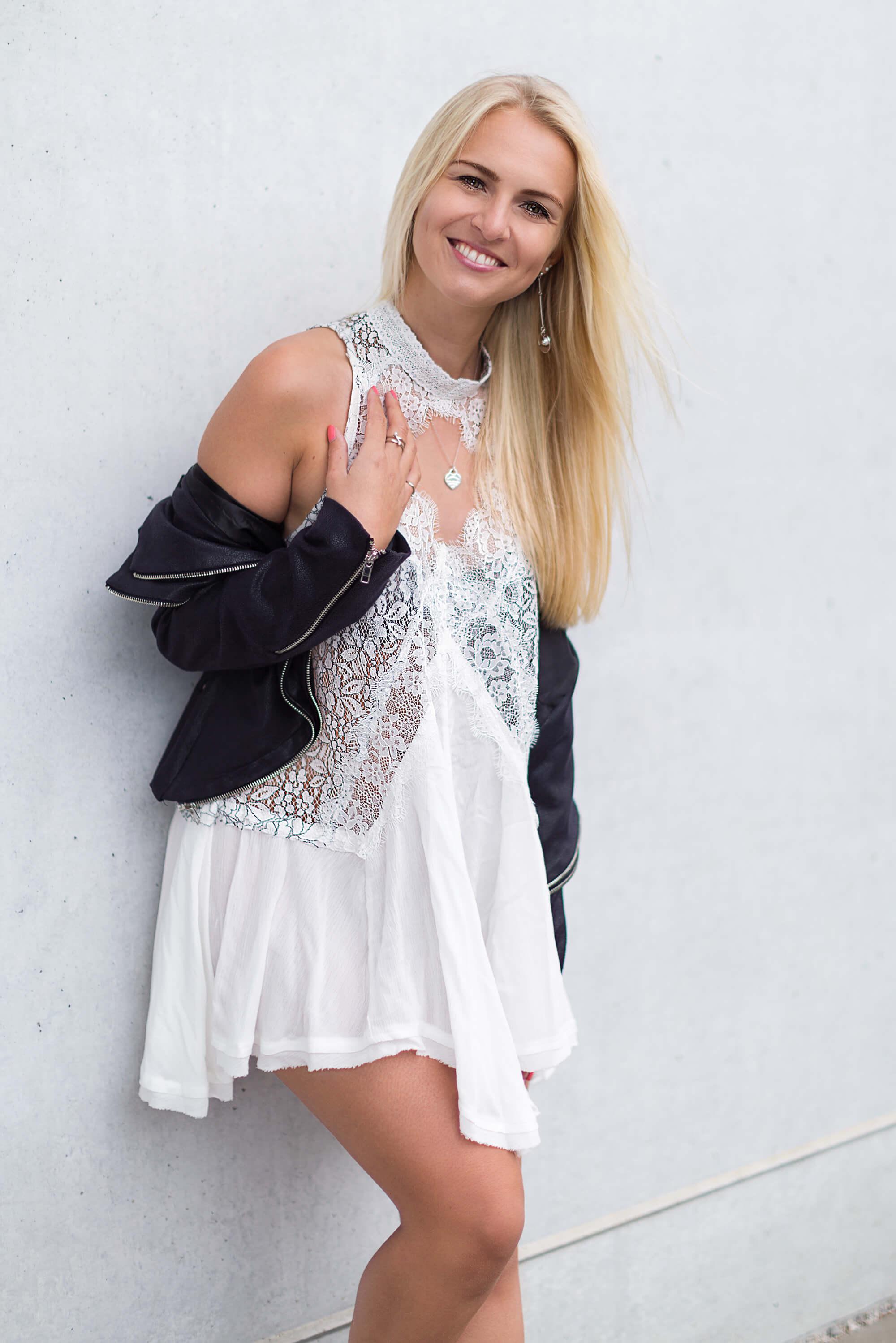 Sommer Kleid im Herbst richtig kombinieren Fashion Mode Blog