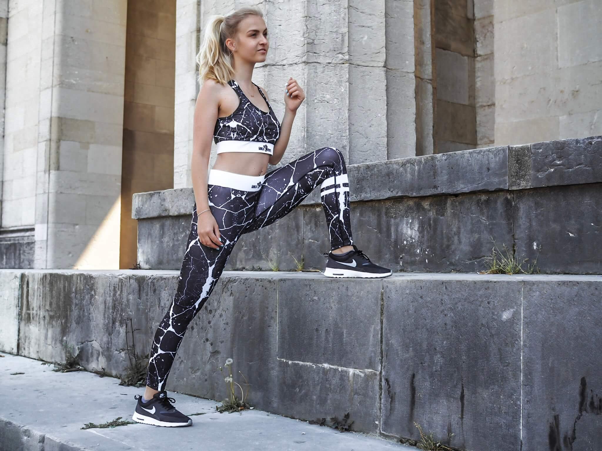 Sport Motivation Fashionblog Modeblog München Katefully Sport Fitness Outfit Schweinehund besiegen ootd sportlich Fitnessblog Legging Bra Königsplatz